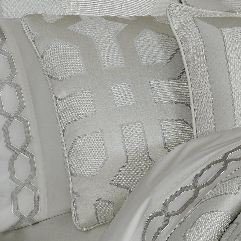 Five Queens Court Kennedy 4-Piece Comforter Set West Coast King