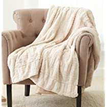 Amazon Com Amazon Brand Pinzon Faux Fur Throw Blanket 50 X 60 Inch Ivory Home Kitchen