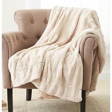 Pinzon Faux Fur Throw Blanket 50  x 60 , Ivory