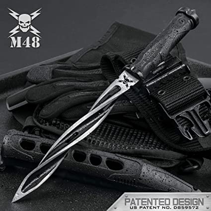 Sleeve Dagger triple edged spike
