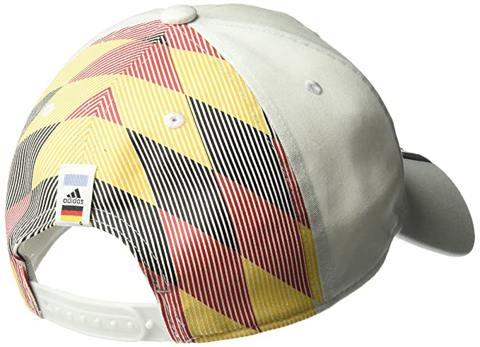 c1740ed1622 Amazon.com  adidas World Cup Soccer Germany Country Fashion Cap