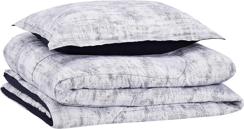 AmazonBasics Comforter Set, Twin / Twin XL, Blue Printed Chambray, Microfiber, Ultra-Soft