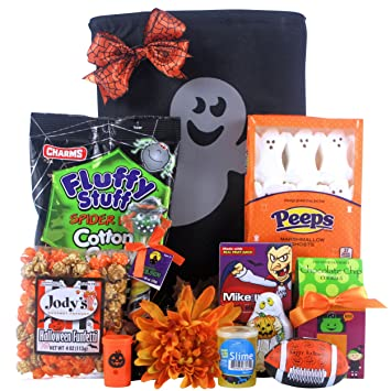 Halloween Spooky Basket.Amazon Com Scary Spooky Fun Halloween Gift Basket