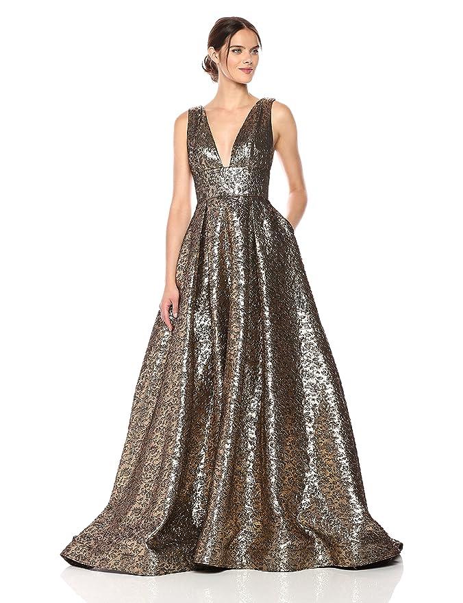 c3e2f11de4f Mac Duggal Women's V-Neck Metallic Ballgown at Amazon Women's Clothing  store: