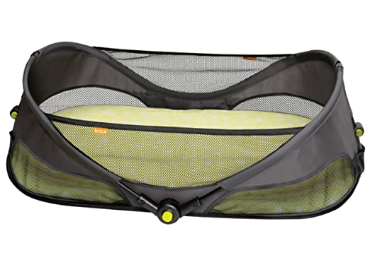 BRICA Fold N' Go Travel Bassinet Review