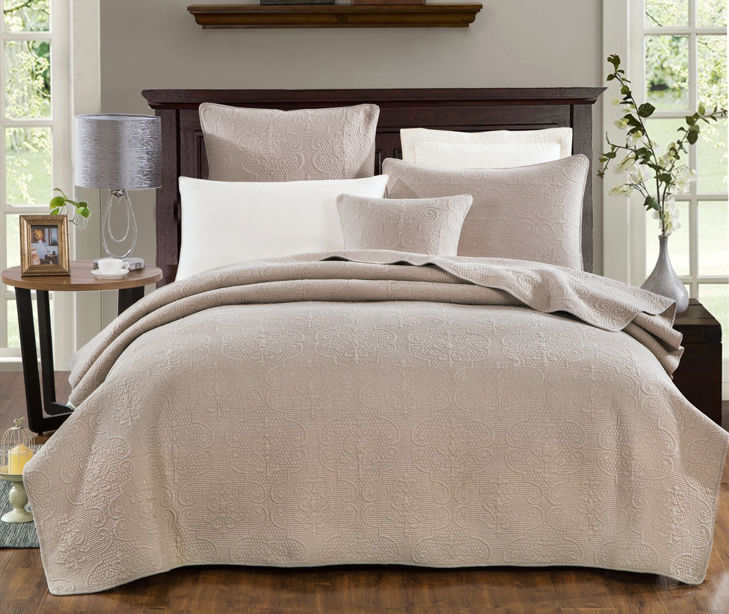 DaDa Bedding Sand Dollar Elegant Embossed Textured Quilted Coverlet Bedspread Set - Neutral Tan Beige Floral Print - Queen - 3-Pieces