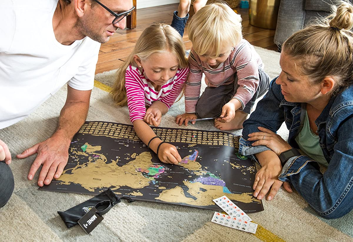 Scratch Off World Map Poster - Travel Map with US States and Country Flags, Tracks Your Adventures. Scratcher Included, Perfect Gift for Travelers, By Earthabitats