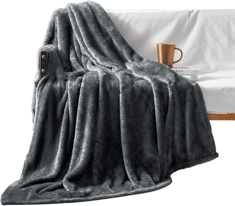 Warm/& Lightweight - Soft 50 x 70, Beige Exclusivo Mezcla Plush Fuzzy Large Fleece Throw Blanket