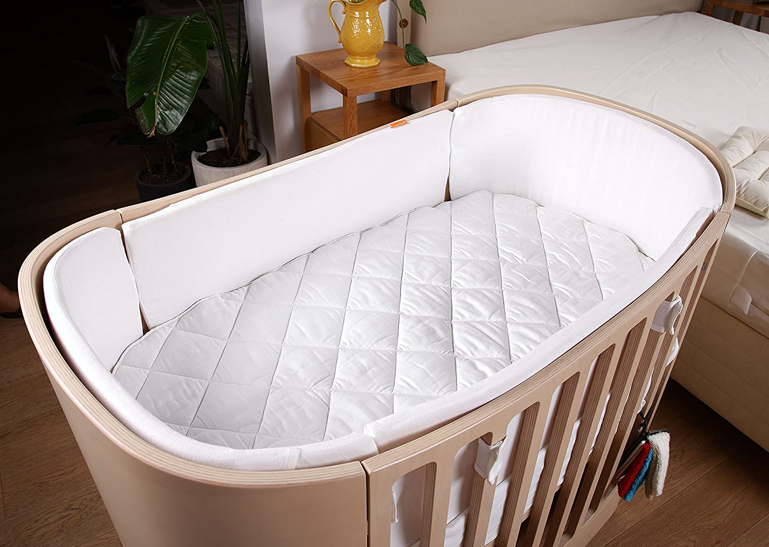 DUDU N GIRLIE Moses Basket Luxury Quilted Waterproof Mattress Protector Fitted Mattress Protector's. Dudu N Girlie ltd
