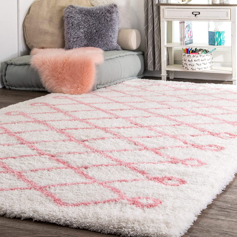 nuLOOM Stasia Soft & Plush Shag Rug, 4' x 6', Baby Pink