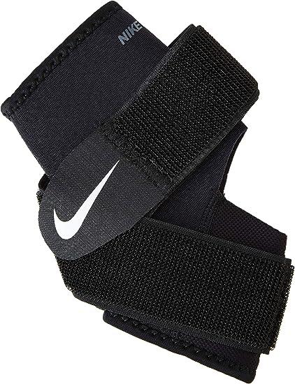 Amazon Com Nike Pro Combat Ankle Wrap 2 0 M Black White Health Personal Care