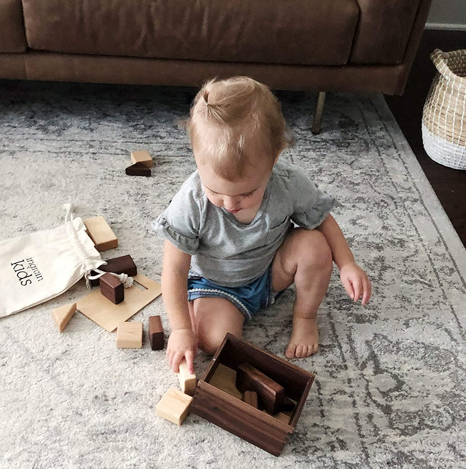 16 Pieces, Educational Kids Toy Ingrain Kids Wooden Box of All Natural Maple and Walnut Solid Wood Block Set