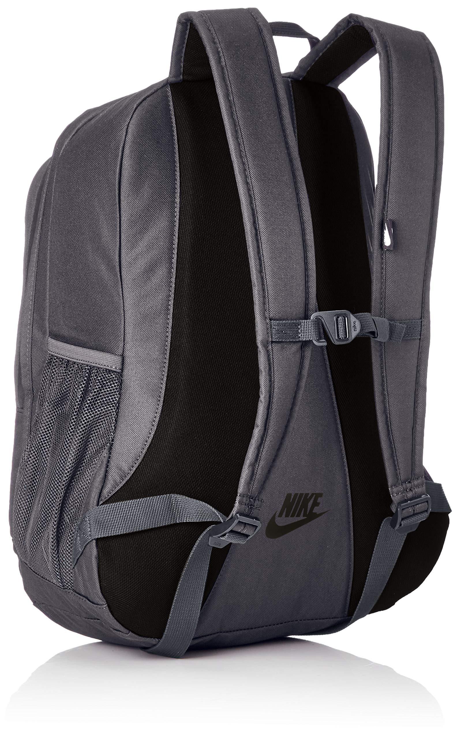 Amazon.com  NIKE  Backpacks and Bags bdf4264163250