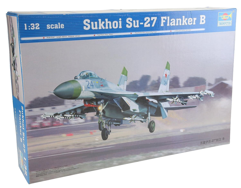 Sukhoi Su-27 Flanker B a Escala Trumpeter 2224 Importado de Alemania