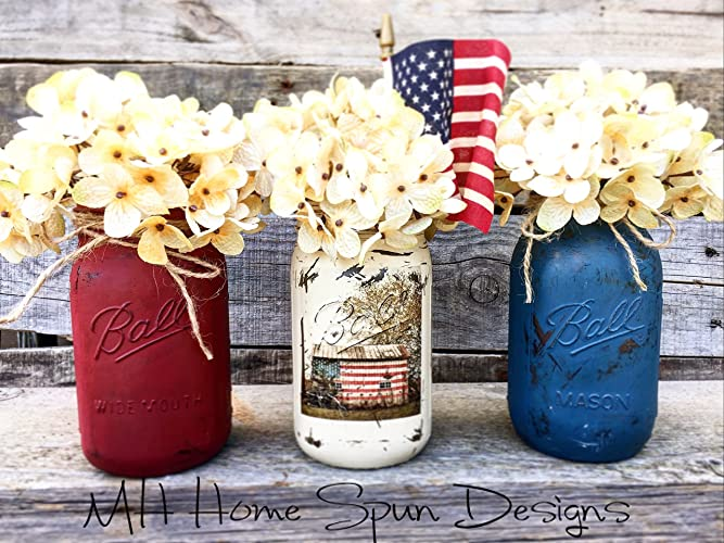 Patriotic set of 3 Ball Mason jars can be found a Amazon