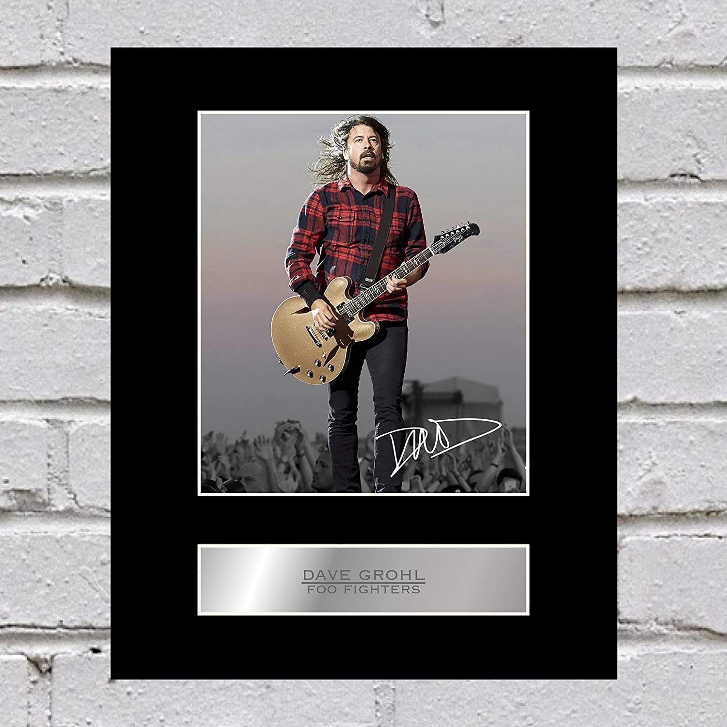 Dave Grohl Signed Mounted Photo Display Foo Fighters Music Autographed Gift Picture Print Iconic pics