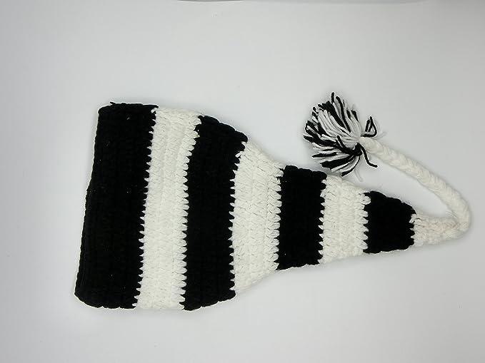 Amazon.com: Click Down Black & White Stripe Christmas Elf Crochet ...