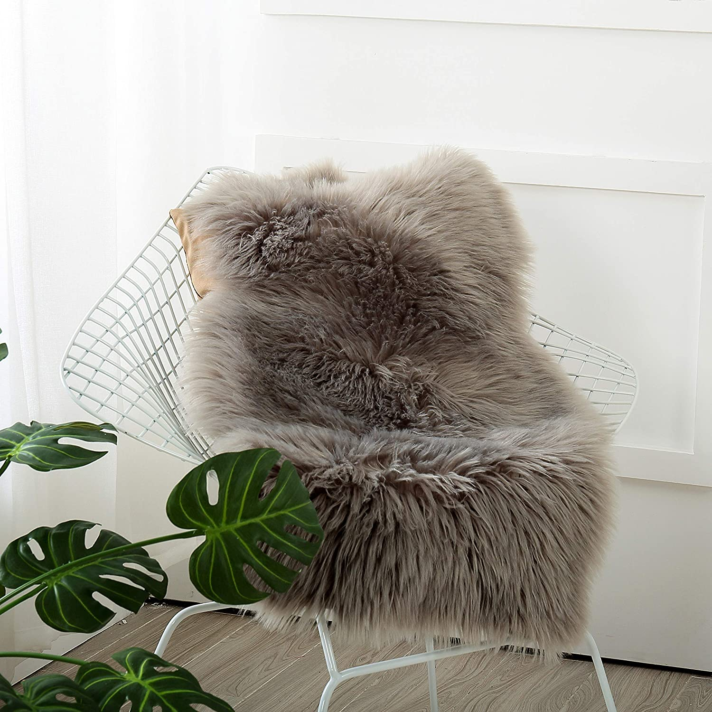 "Reafort High Pile Super Soft Faux Sheepskin Faux Fur Rug, Chair Cover, Sofa Cover 20inx36in (20""x 36"", Grey)"