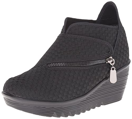 4de959b99eac Bernie Mev Women s Zig Zag Ankle Bootie  Amazon.co.uk  Shoes   Bags