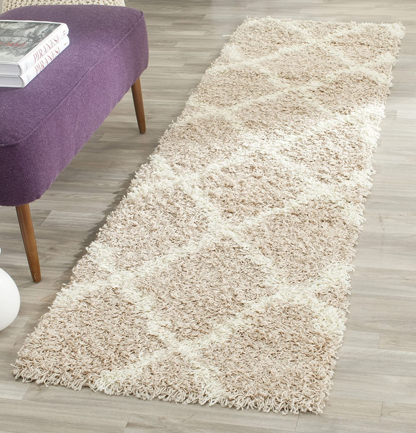 Safavieh Dallas Shag Collection SGD257G Grey and Ivory Runner (2'3 x 6') SGD257G-26