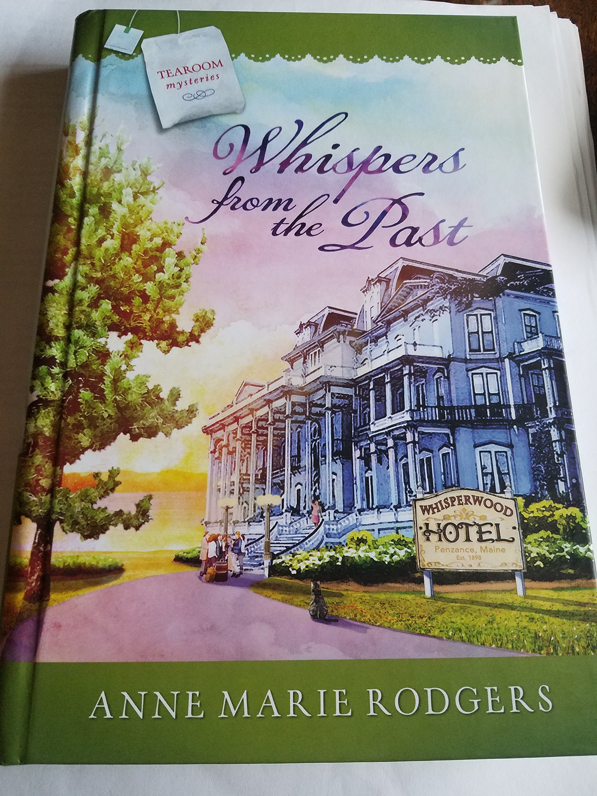 Read Online Whispers from the Past pdf epub