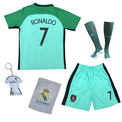 KID BOX 2018 Portugal Cristiano Ronaldo  7 Away Green Kids Soccer Football  Jersey Gift Set 56f98bf88