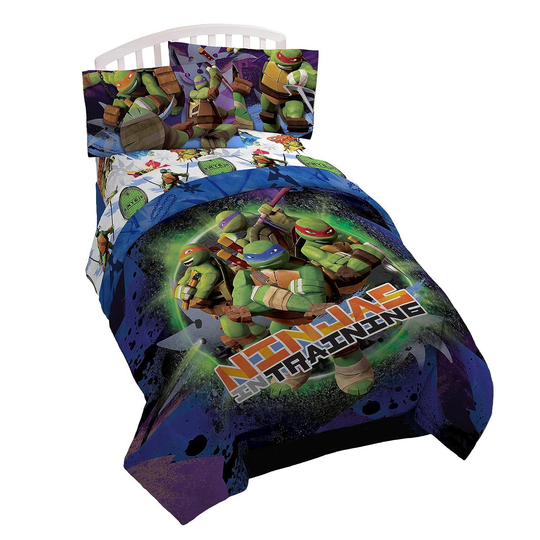 """Nickelodeon Teenage Mutant Ninja Turtles Stars 64"""" x 86"""" Twin Reversible Comforter with 20"""" x 26"""" Sham, Training Day"""