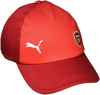 f14ae1ec52cd Amazon.com   2017-2018 Arsenal Puma Performance Cap (Chilli Pepper ...