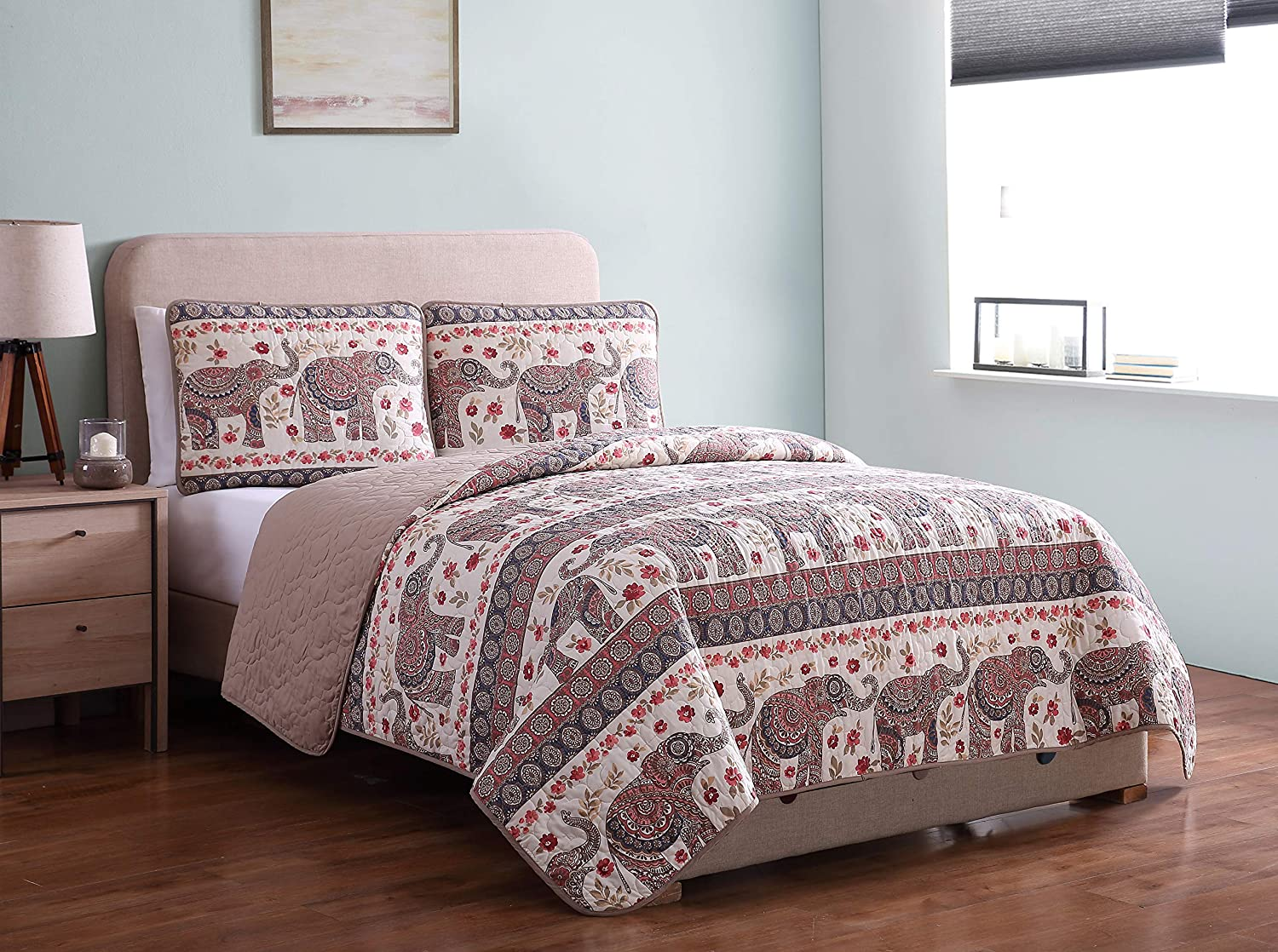 Amazon Com Morgan Home Printed 3 Piece Reversible Quilt Set With Shams All Season Comfort Available In Colors Sizes Beige Elephant Twin Kitchen Dining