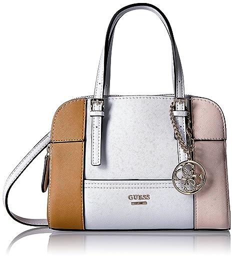 a6a65754fec44 ¿Quieres algo más original y sofisticado  Esta bolsa de Guess sin duda  resaltará. Es perfecta para ir al mall o salir con amigas. Su diseño es  súper moderno ...