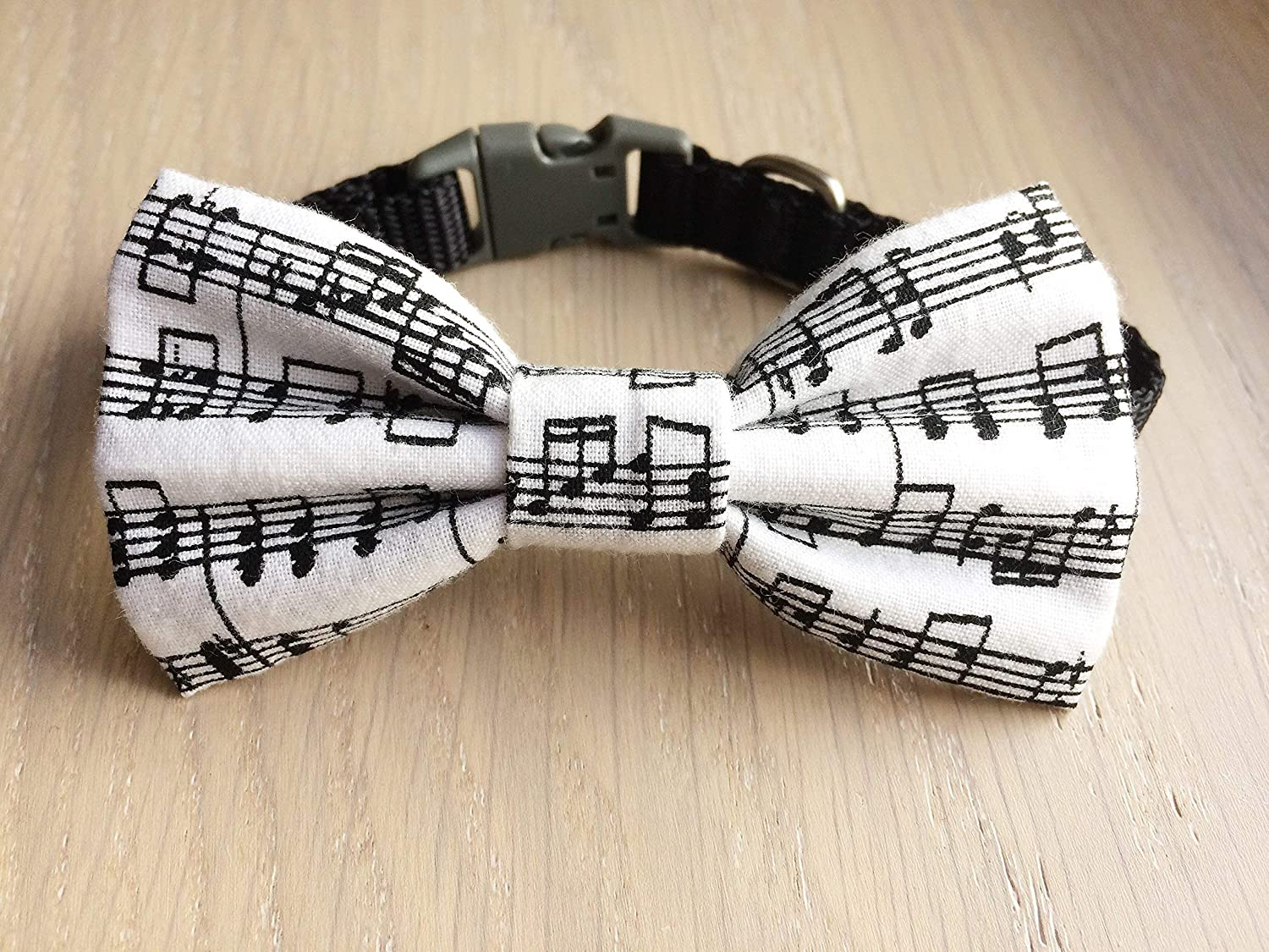 Music Notes Bow Tie, Over The Collar Pet Bow Tie