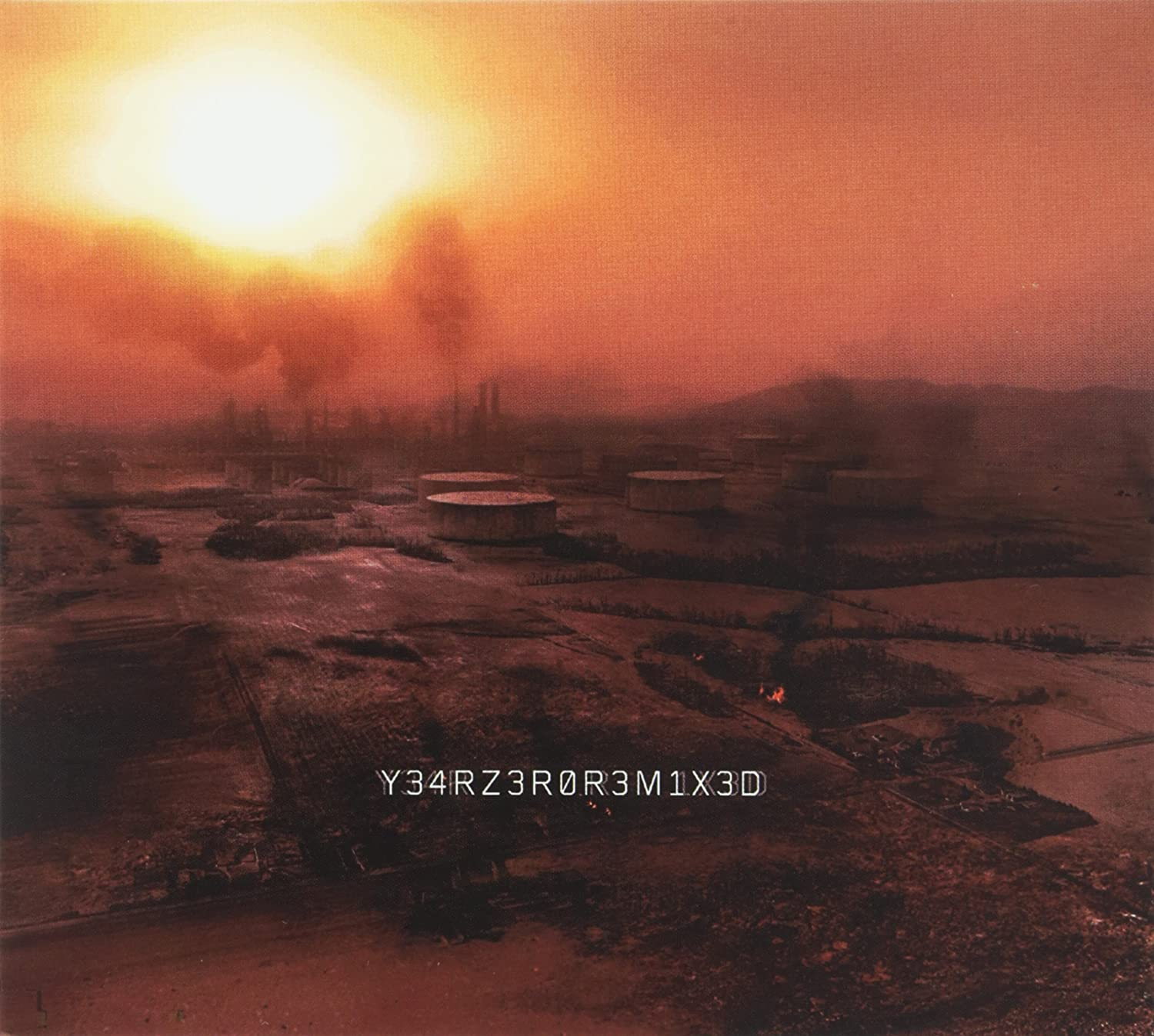 Nine Inch Nails - Y34RZ3R0R3MIX3D [CD/DVD Combo] - Amazon.com Music