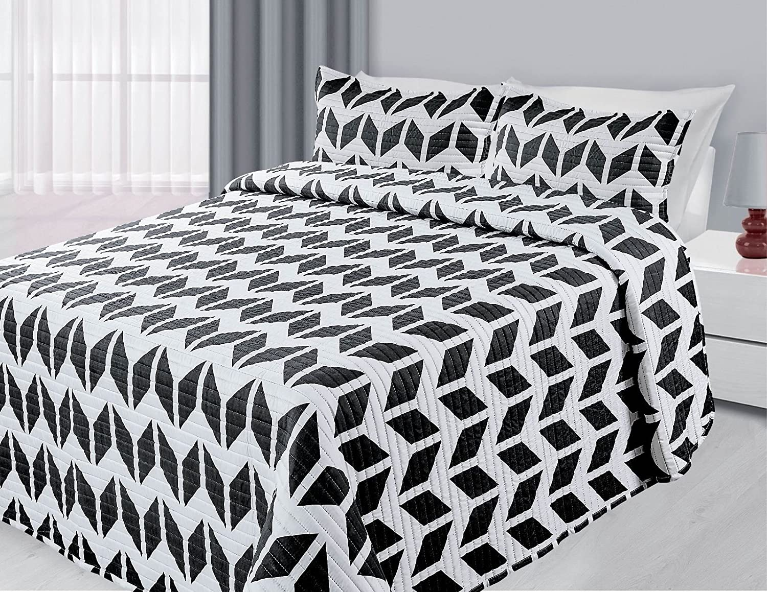 EMPIRE Reversible 3-Piece Quilted Printed Bedding Bedspread Coverlet New (Black Zig Zag, Queen)