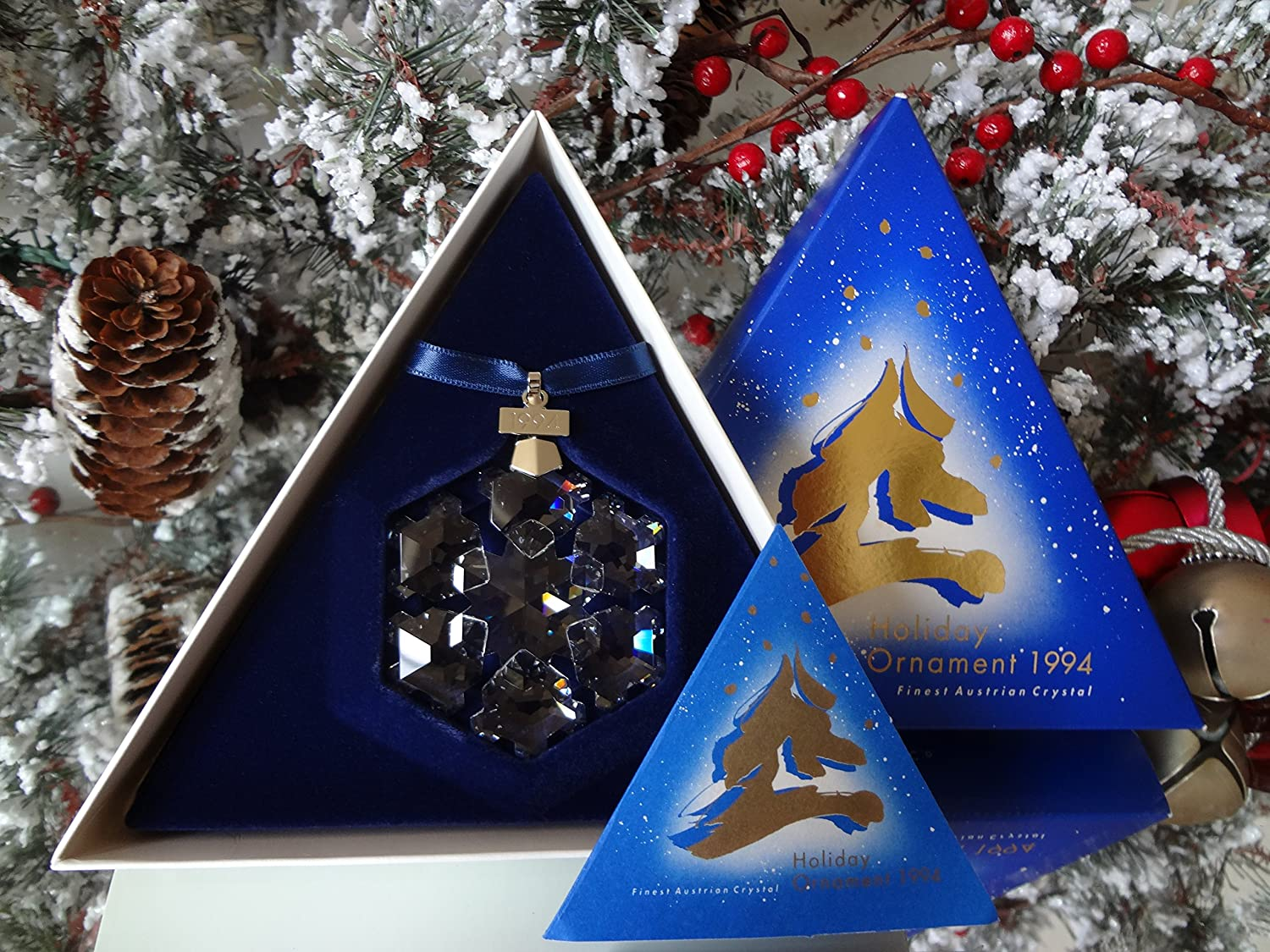 Swarovski christmas ornament 2004 - Amazon Com Rare Retired 1994 Swarovski Holiday Annual Ornament Home Kitchen