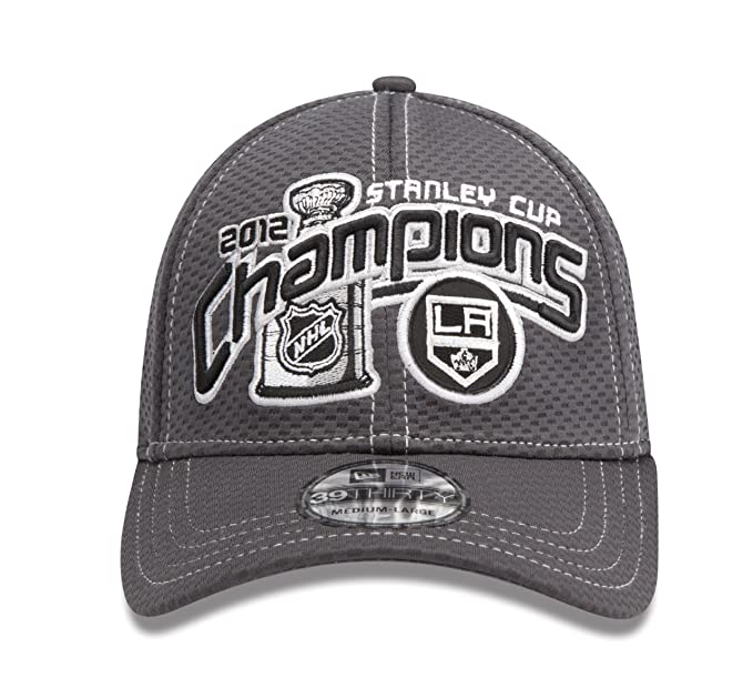 reputable site de6fb 91384 Amazon.com   NHL Los Angeles Kings Official 2012 Stanley Cup Champion  Locker Room Cap, Small Medium   New Era Stanley Cup   Clothing