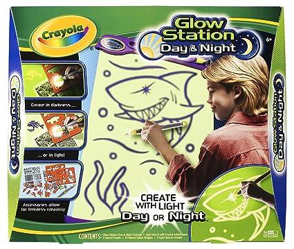 amazon com crayola glow station day night toys games