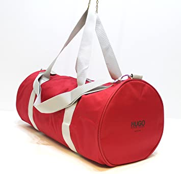 573847fc15 HUGO BOSS RED DUFFLE   WEEKEND  GYM   HOLDALL BAG   NEW  Amazon.co ...