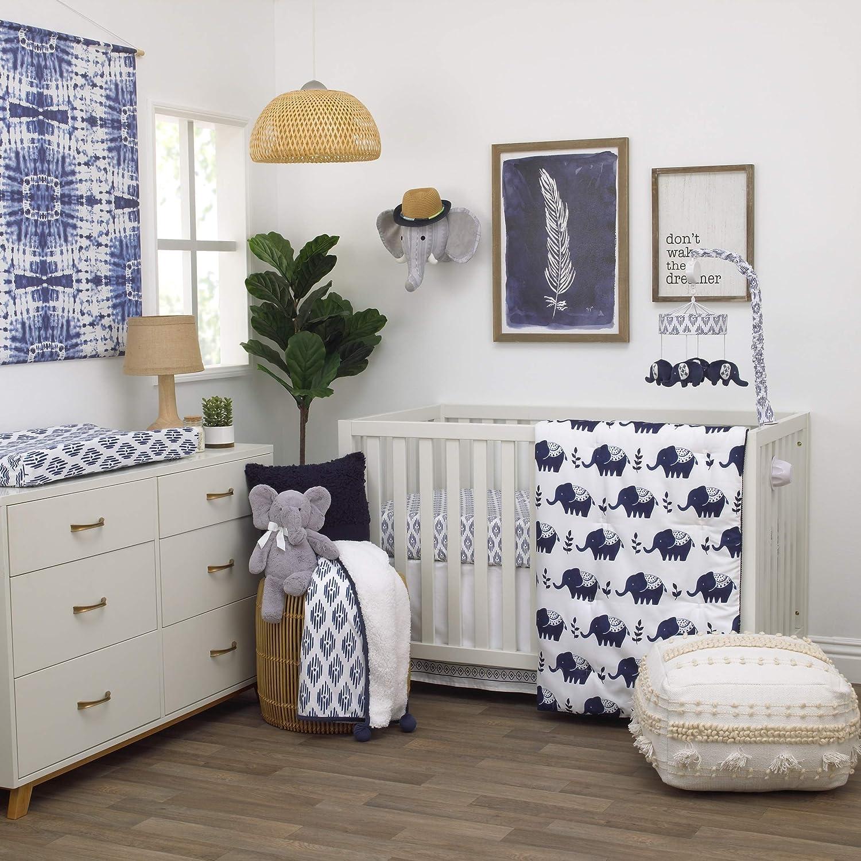 NoJo Indigo Hues Geometric Printed Soft Plush Velboa Changing Pad Cover Blue//White NOJO BABY /& KIDS INC 7344357