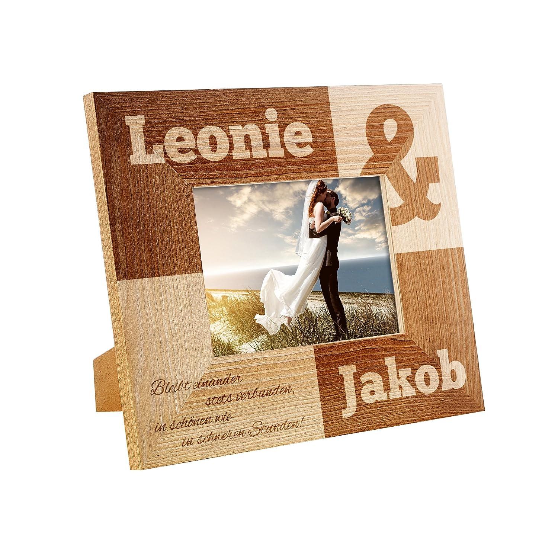 Bilderrahmen mit Gravur zur Hochzeit – Bleibt einander stets verbunden…- Personalisiert mit [NAMEN] - Rahmen aus Holz – Geschenk-Idee für Paare – Fotorahmen als individuelles Hochzeitsgeschenk