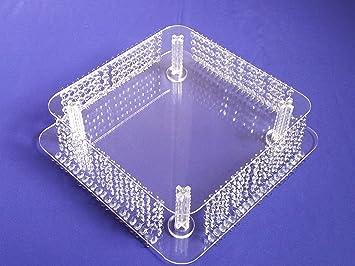 Kronleuchter Quadratisch ~ Kronleuchter kristall kuchen boden steht u2013 echten kristallen