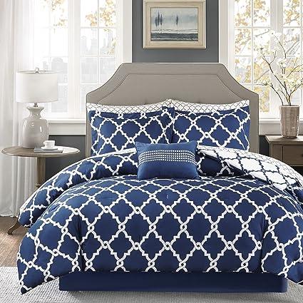 Amazon 60 Piece Navy Blue Quatrefoil Pattern Comforter With Adorable Blue Patterned Sheets