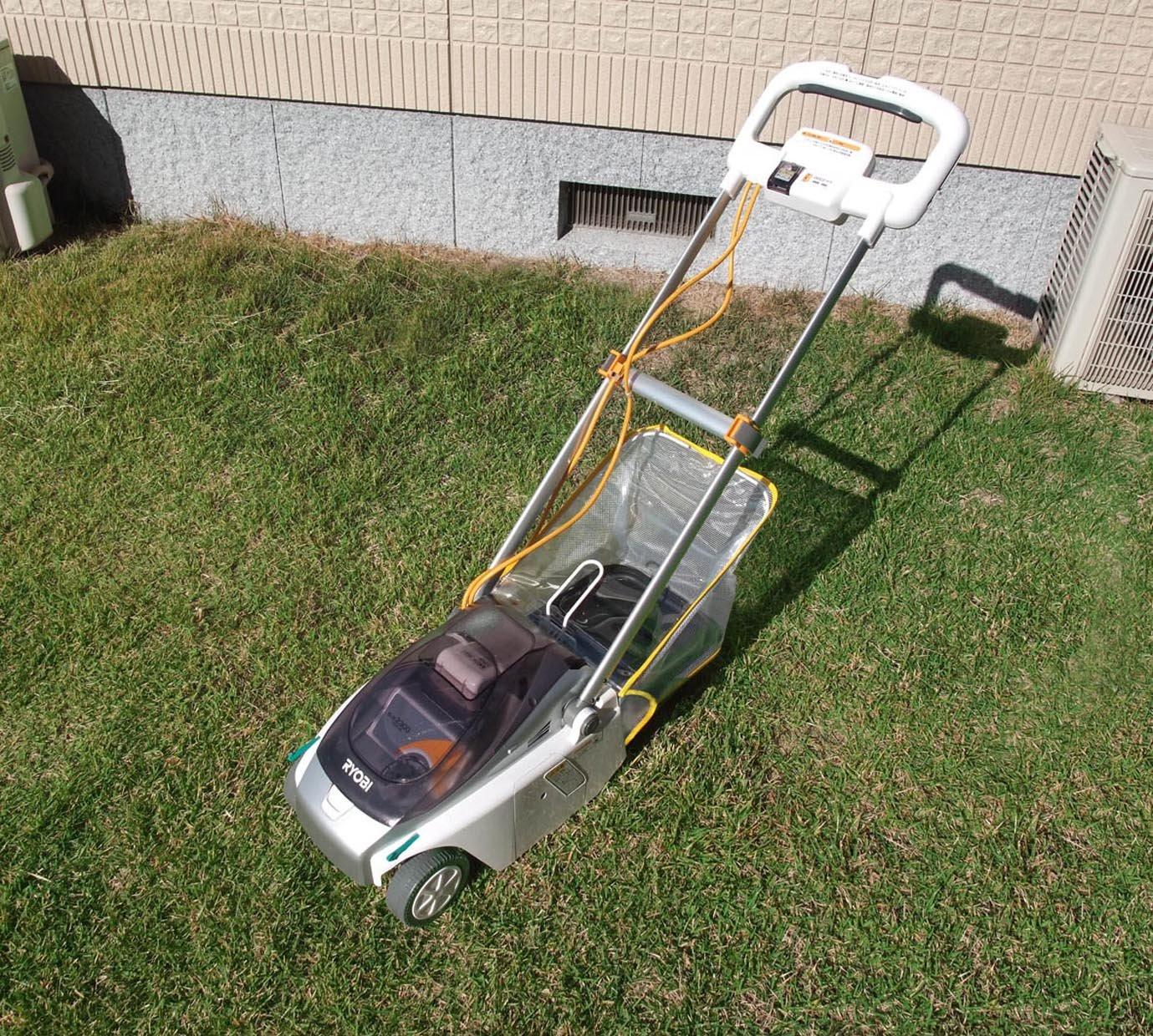 リョービ(RYOBI) 充電式芝刈機 BLM-2300