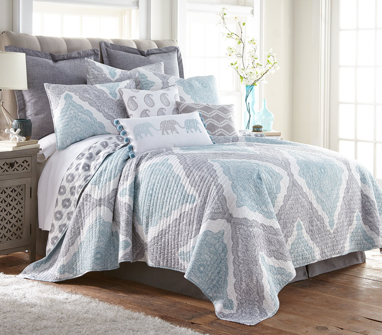 Levtex Montclair Twin Cotton Quilt Set, Grey, Spa, White, Paisley