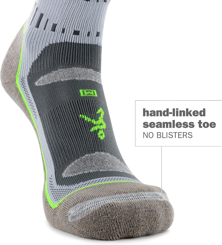 Balega Blister Resist Quarter Socks For Men and Women (1 Pair) : Clothing