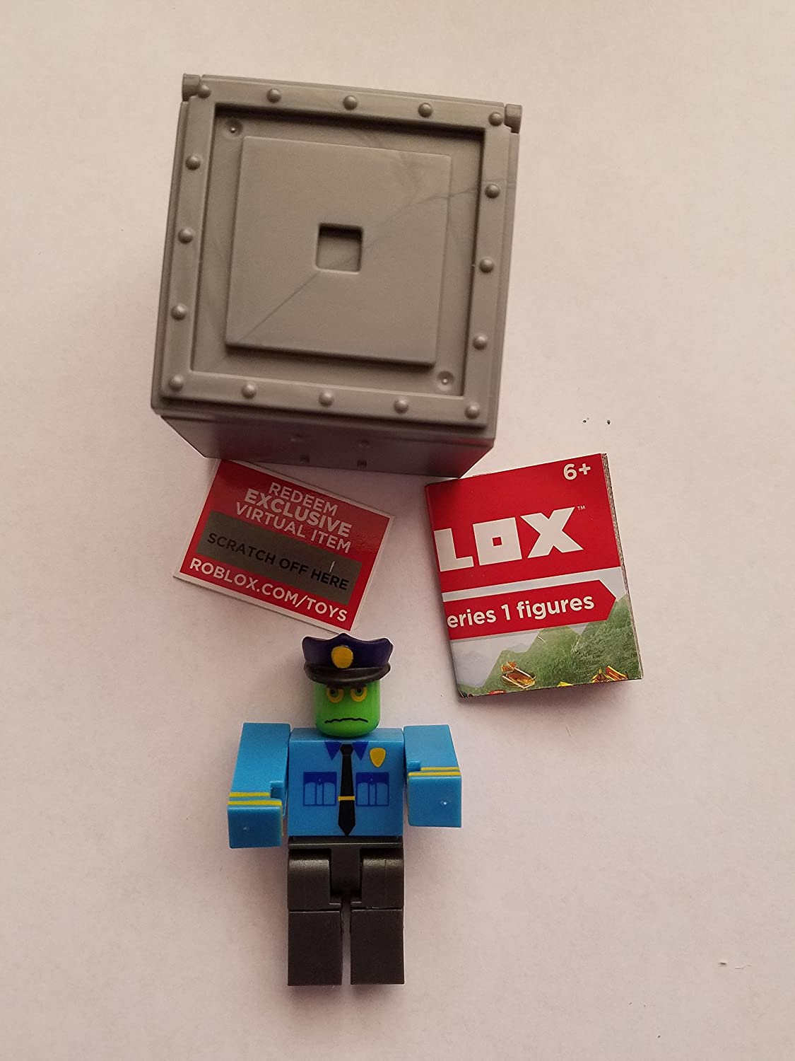 Amazon Com Roblox Series 1 Officer Zombie Action Figure Mystery