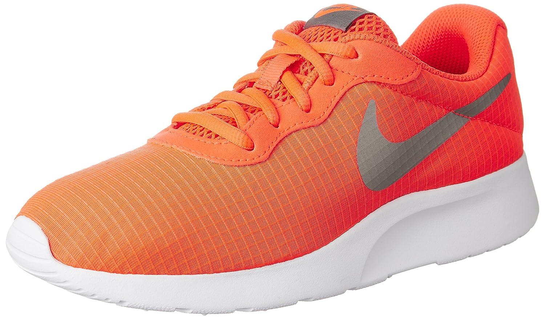 check out 032ce fe115 Amazon.com   Nike Women s Tanjun SE Running Shoes   Road Running