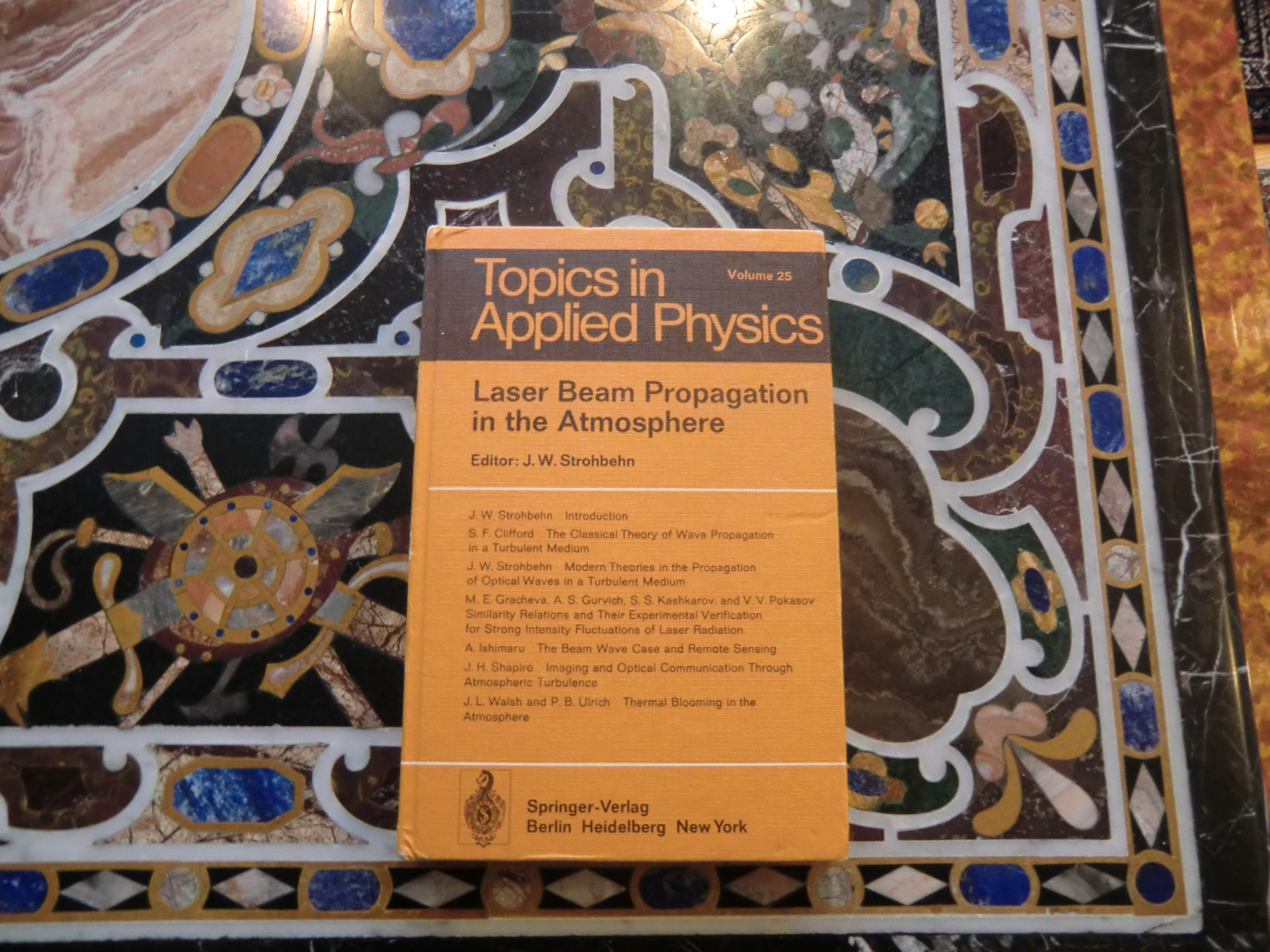 Download Laser beam propagation in the atmosphere (Topics in applied physics Volume 25) PDF