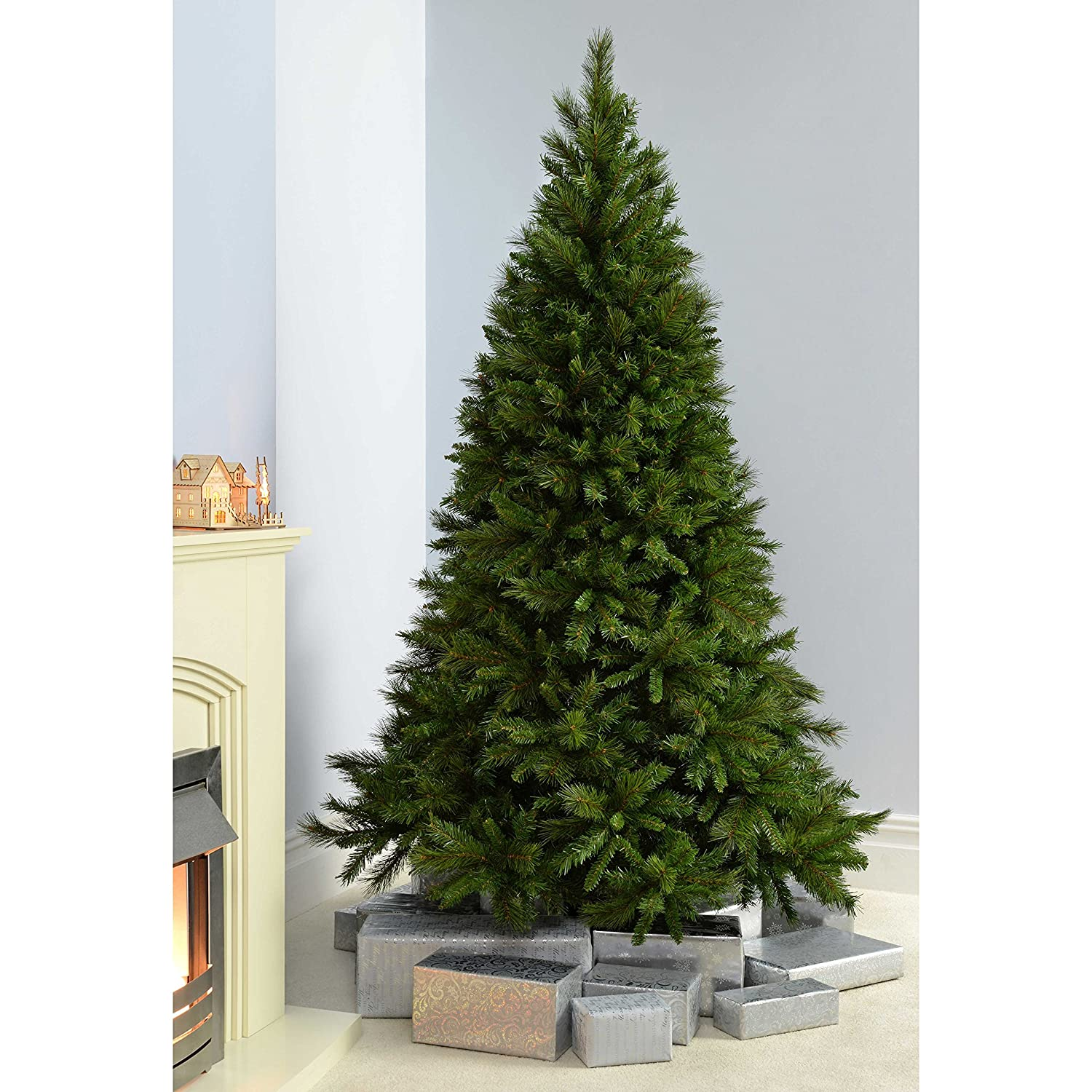Werchristmas Victorian Pine Christmas Tree With Easy Build Hinged Branches