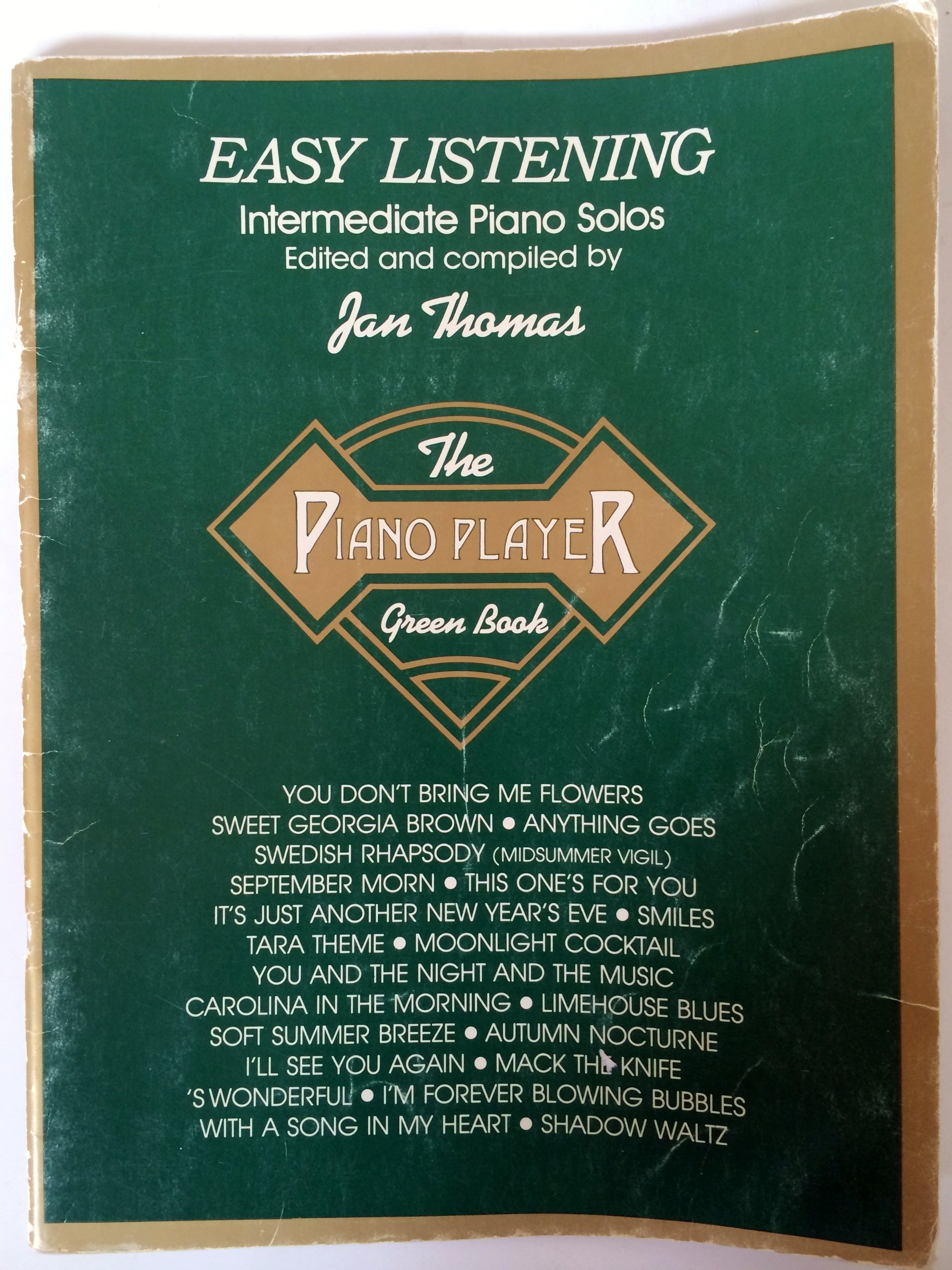 Easy Listening Intermediate Piano Solos - The Piano Player