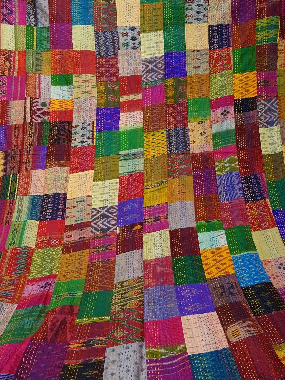 janki creation Indian Quilt Gudari Handmade Queen Vintage Quilt Old Patola Indian Silk Sari Kantha Quilted Patchwork Bedspread Bohemian Kantha Throws